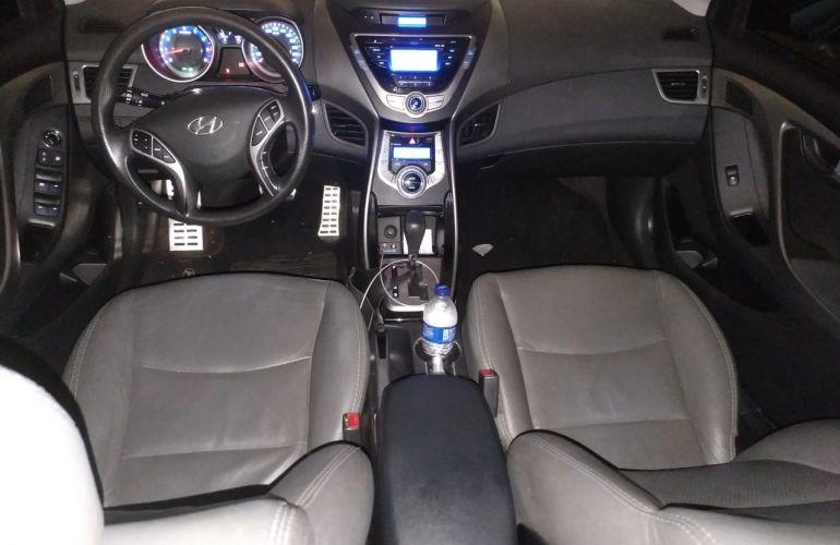 Hyundai Elantra Sedan 1.8 GLS (aut) - Foto #3