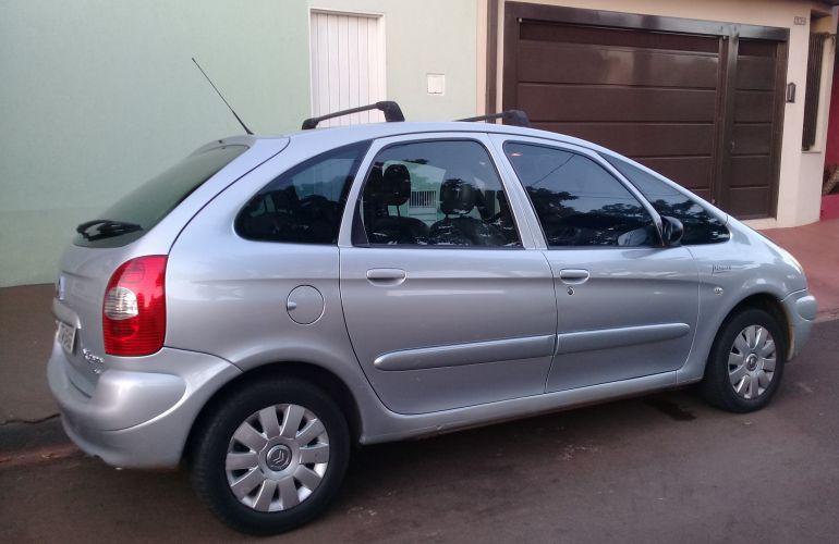 Citroën Xsara Picasso Exclusive 2.0 16V - Foto #9