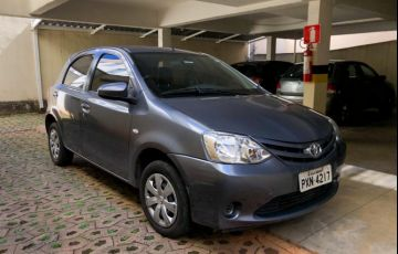 Toyota Etios XLS 1.5 (Flex) - Foto #5