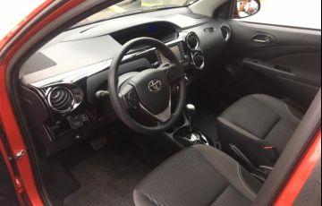 Toyota Etios Ready 1.5 (Aut) (Flex) - Foto #5