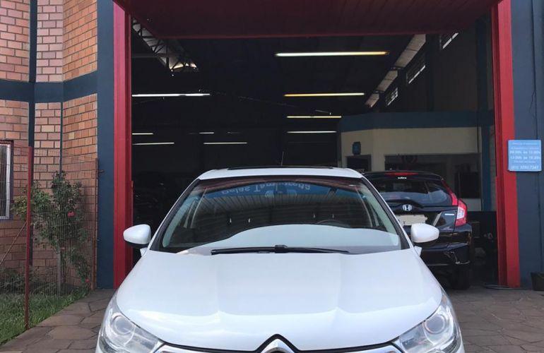 Citroën C4 Lounge Exclusive 1.6 THP (Aut) - Foto #2