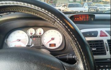 Peugeot 307 Hatch. Feline 2.0 16V (flex) (aut) - Foto #3