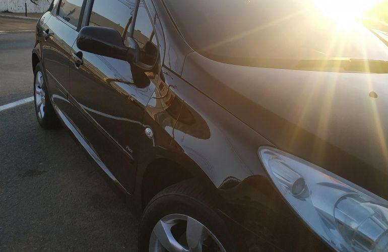 Peugeot 307 Hatch. Feline 2.0 16V (flex) (aut) - Foto #4