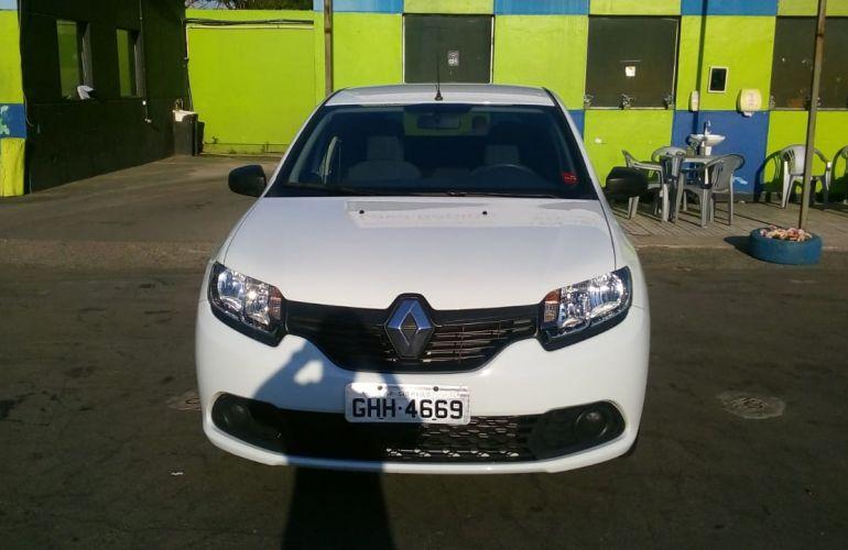 Renault Sandero Authentique 1.0 12V SCe (Flex) - Foto #5