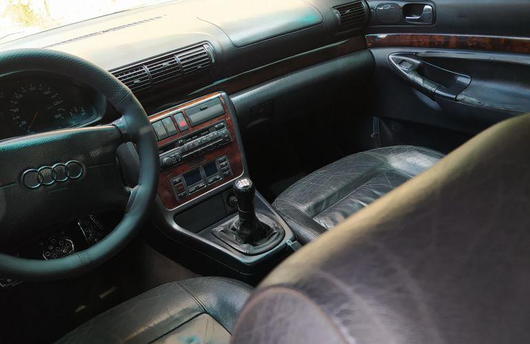 Audi A4 2.8 V6 12V - Foto #2