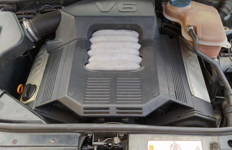 Audi A4 2.8 V6 12V - Foto #5