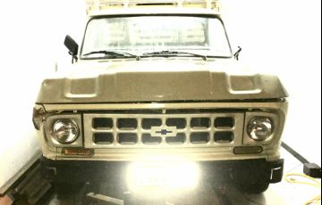 Chevrolet C10 Pick Up Luxe 2.5 (Cab Simples) - Foto #2