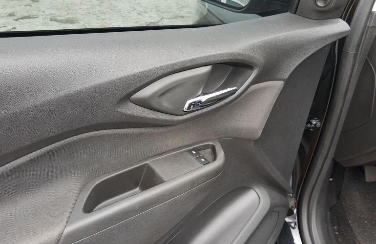 Chevrolet Prisma 1.4 LT SPE/4 - Foto #4