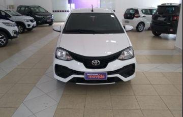 Toyota Etios X Plus 1.5 (Flex) - Foto #8