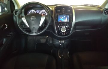 Nissan Versa 1.6 16V Unique CVT (Flex)