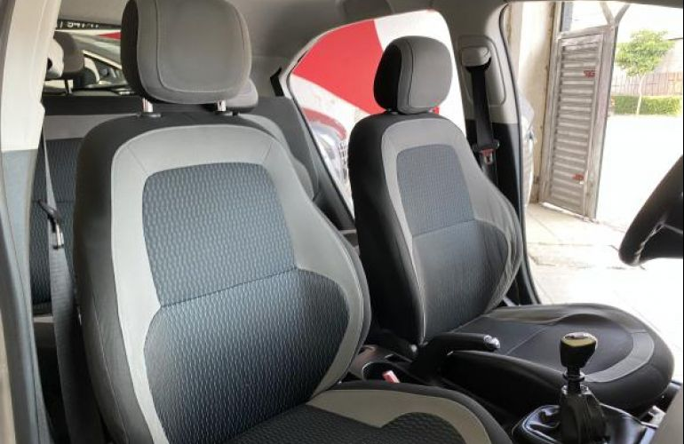 Chevrolet Onix 1.0 LS SPE/4 - Foto #9