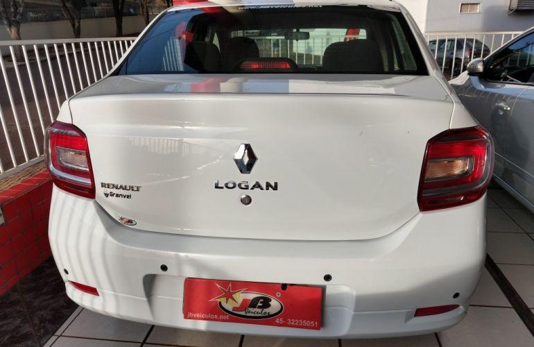 Renault Logan Expression 1.0 12V SCe (Flex) - Foto #5