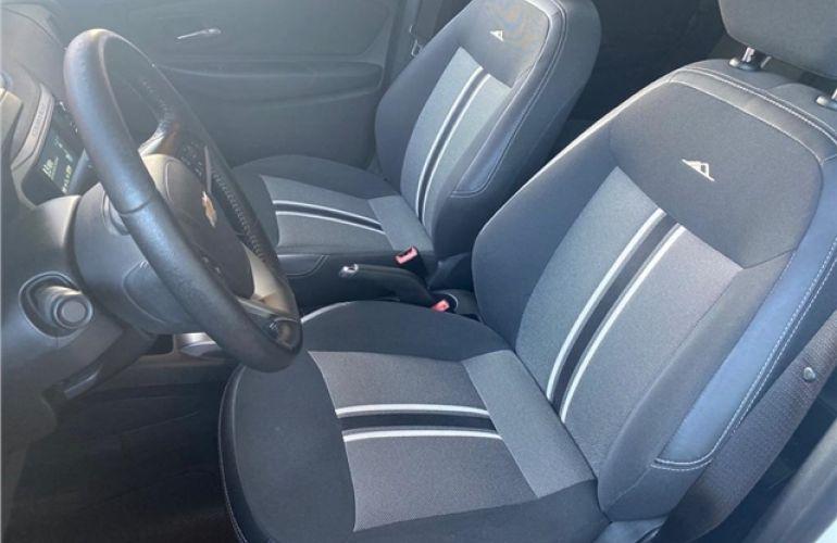 Chevrolet Spin 1.8 Activ 8V Flex 4p Automático - Foto #8
