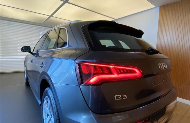 Audi Q5 2.0 TFSI S-line S Tronic - Foto #10