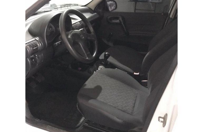 Chevrolet Corsa Sedan Wind Milenium 1.0 MPFi - Foto #6