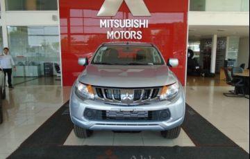 Mitsubishi L200 Triton Sport GLS AT 2.4L 190 CV - Foto #2