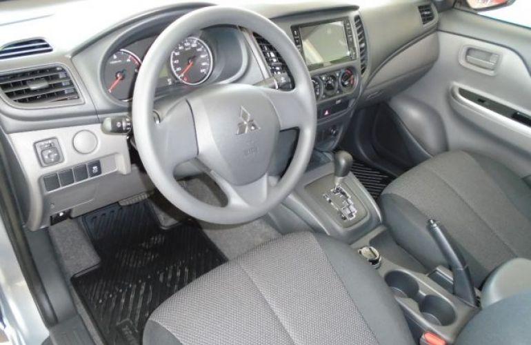 Mitsubishi L200 Triton Sport GLS AT 2.4L 190 CV - Foto #10