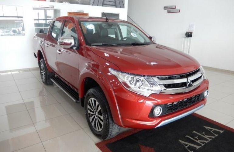 Mitsubishi L200 Triton Sport HPE Top 4WD 2.4 TD - Foto #3