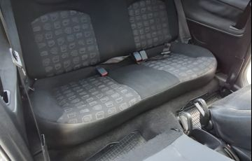 Peugeot 206 Hatch. Presence 1.4 8V (flex) 2p - Foto #5