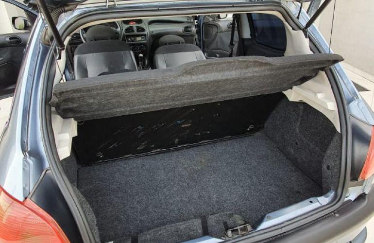 Peugeot 206 Hatch. Presence 1.4 8V (flex) 2p - Foto #7