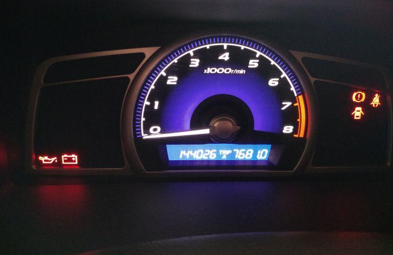 Honda New Civic LXS 1.8 (Flex) - Foto #1