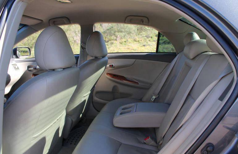 Toyota Corolla Sedan SEG 1.8 16V (flex) (aut) - Foto #6