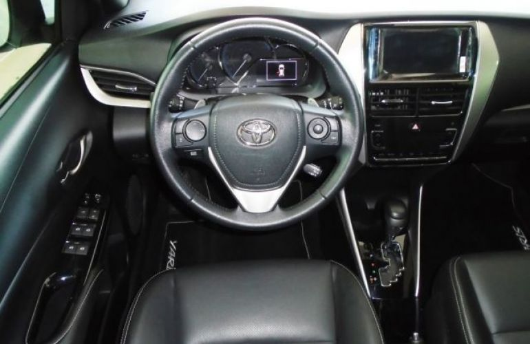 Toyota YARIS XS 1.5 Flex 16V 5P - Foto #6