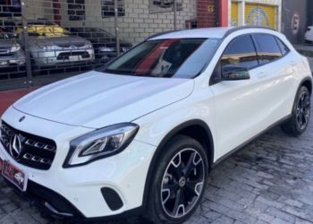 Mercedes-Benz GLA 200 Night - Foto #2