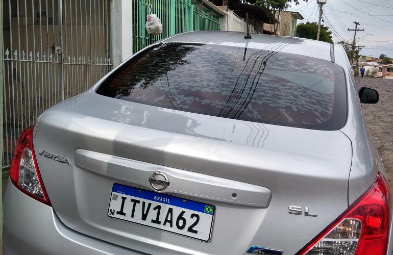 Nissan Versa 1.6 16V SL - Foto #10