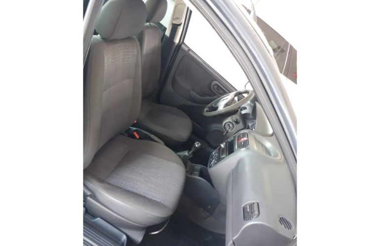 Chevrolet Corsa Sedan 1.0 8V - Foto #8