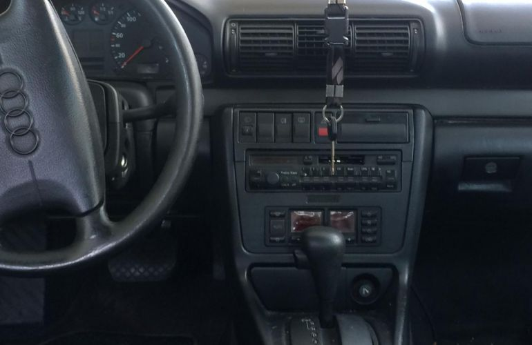 Audi A4 1.8 20V (aut) - Foto #4