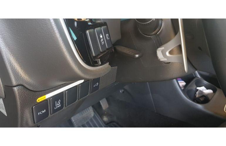 Mitsubishi Outlander 2.2 DI-D 4WD (Aut) - Foto #8