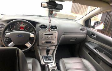 Ford Focus Sedan GLX 2.0 16V (Flex) - Foto #7
