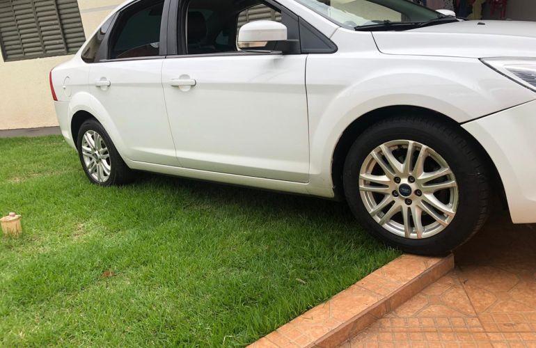 Ford Focus Sedan GLX 2.0 16V (Flex) - Foto #9