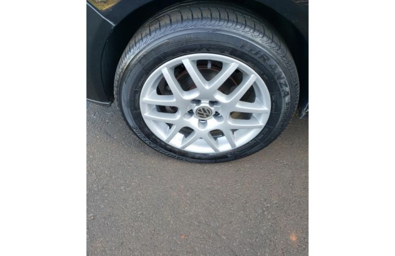 Volkswagen Polo Hatch. Série Ouro 1.6 8V (Flex) - Foto #6
