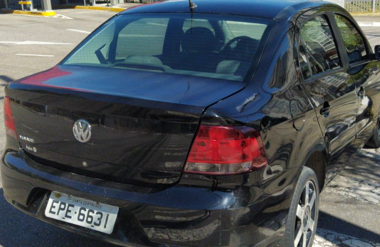 Volkswagen Voyage 1.0 Total Flex - Foto #3