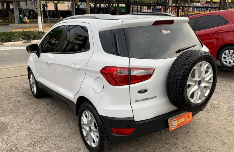 Ford Ecosport Titanium PowerShift 2.0 (Flex) - Foto #5