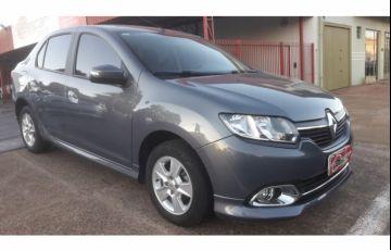 Renault Logan Dynamique 1.6 8V (flex)