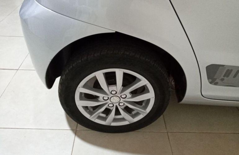 Volkswagen Fox 1.6 VHT Rock in Rio (Flex) - Foto #8