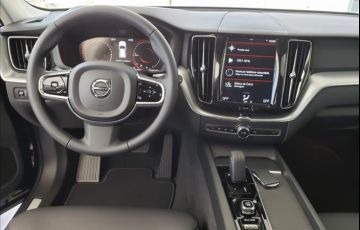Volvo XC60 2.0 T8 Hybrid Momentum AWD Geartronic - Foto #7