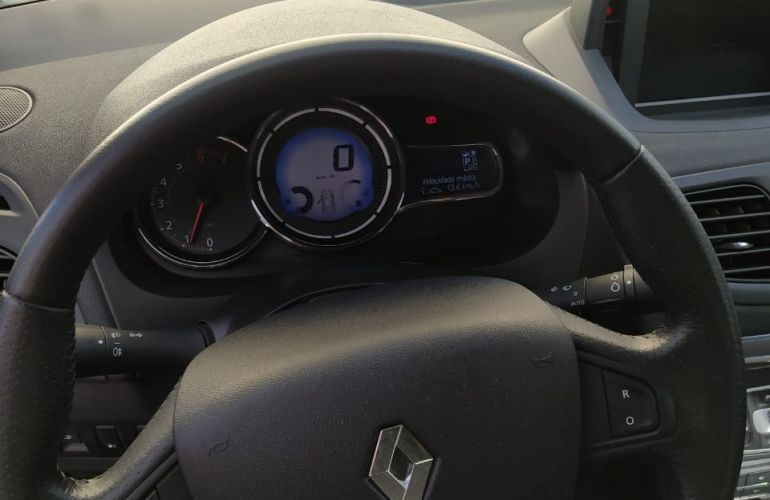 Renault Fluence 2.0 16V Dynamique Plus X-Tronic (Flex) - Foto #8