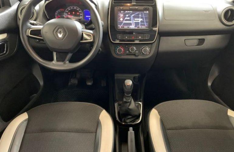Renault KWID Intense 1.0 12V - Foto #4
