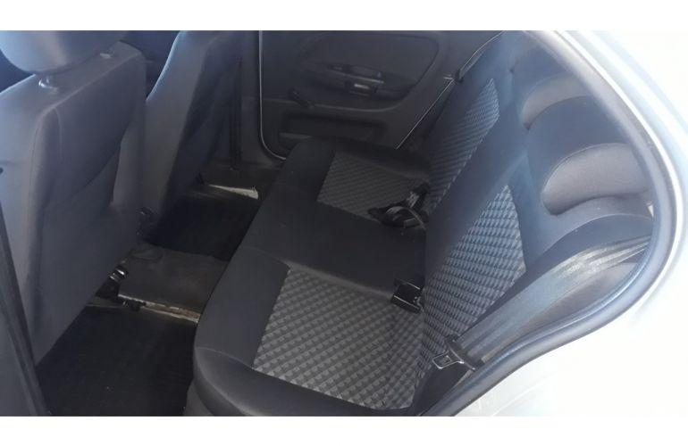 Volkswagen Gol 1.6 VHT Comfortline I-Motion (Flex) - Foto #6