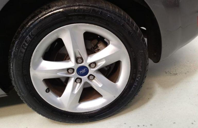 Ford Focus 1.6 Glx 8v - Foto #5