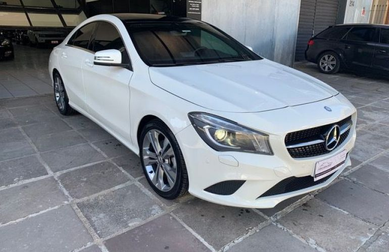 Mercedes-Benz CLA 200 First Edition 1.6 16V Turbo - Foto #2