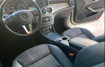Mercedes-Benz CLA 200 First Edition 1.6 16V Turbo - Foto #9