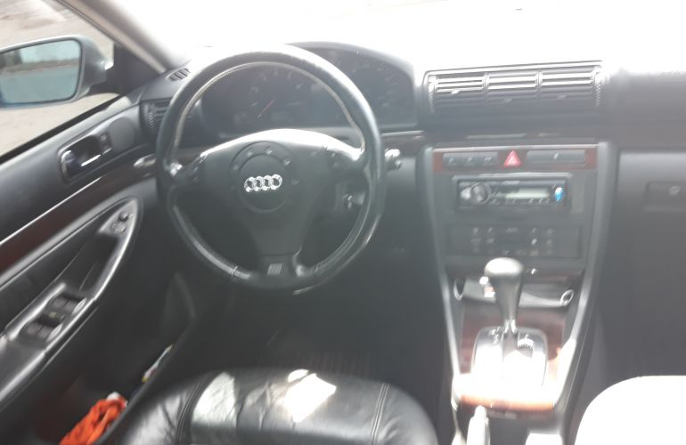 Audi A4 2.4 V6 30V Quattro (tiptronic) - Foto #1