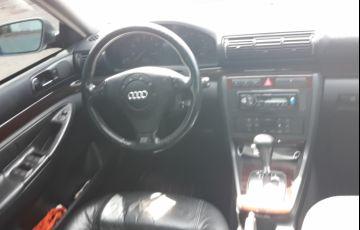 Audi A4 2.4 V6 30V Quattro (tiptronic)