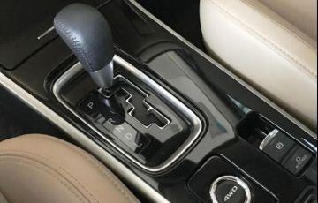 Mitsubishi Outlander HPE-S 2.2 DI-D AWD - Foto #10