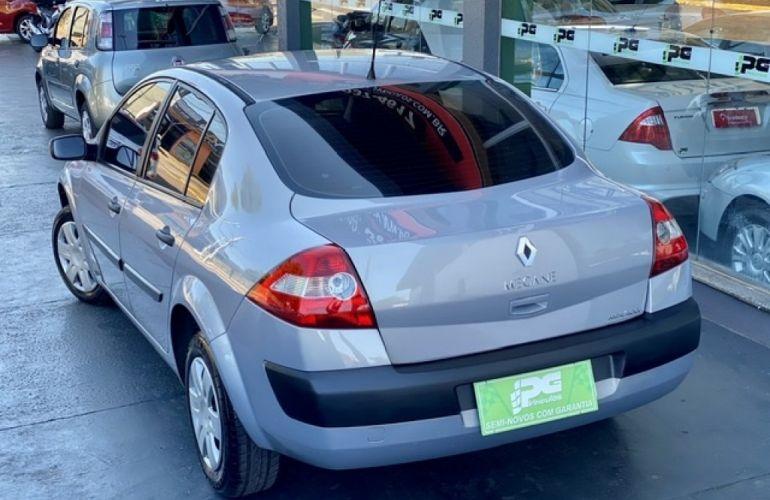 Renault Mégane Sedan Expression 1.6 16V (flex) - Foto #7